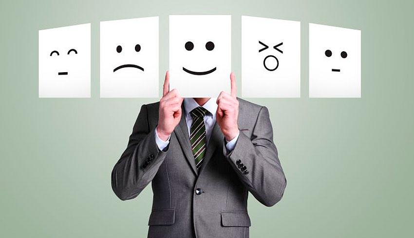 emojis-alegre-responsable-victima